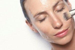 Маска для обличчя з желатину: вирішуємо проблеми нестандартно і ефективно