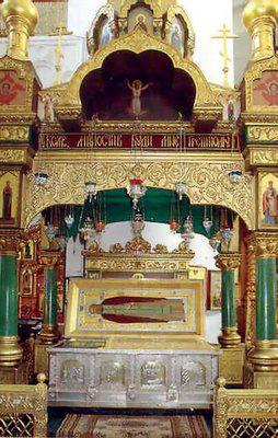 храм на честь преподобного Серафима Саровського в раеви