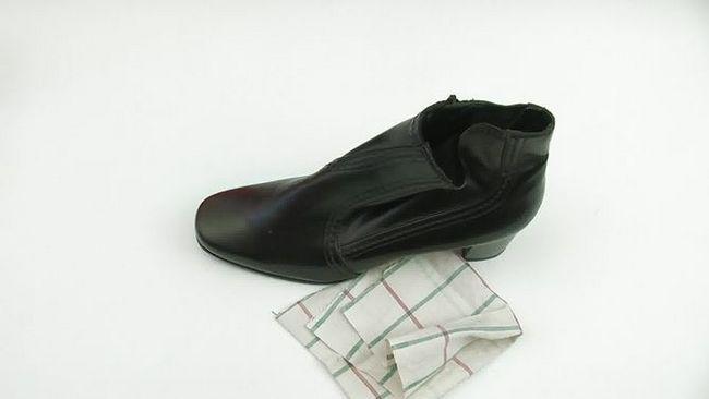 Як чистити взуття