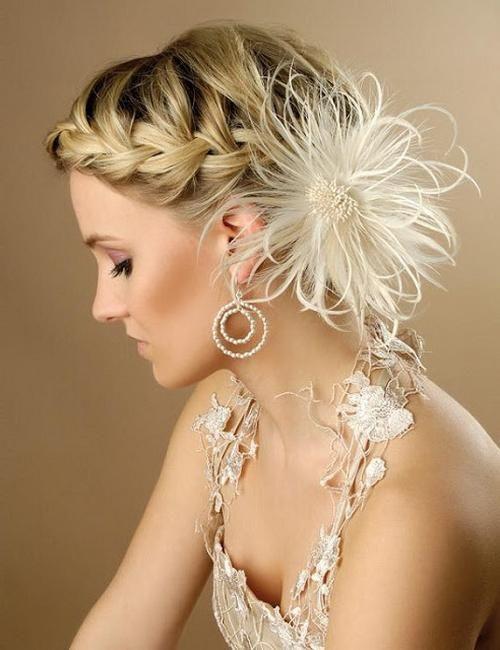Як красиво заколювати волосся: зачіска