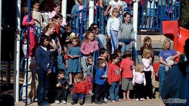 Зображення з назвою Prepare Your Child for Nursery School Step 1