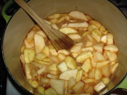 Як приготувати яблучне повидло: секрети відмінного смаку