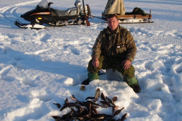 Як зробити зимову поплавкову вудку