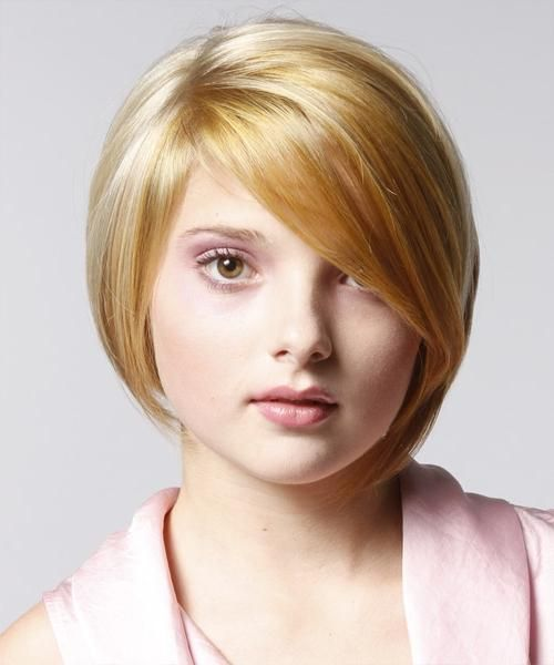 Підкресли свою індивідуальність за допомогою стрижки на коротке волосся на кругле обличчя