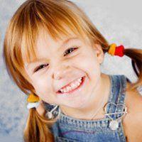 Скільки молочних зубів у дітей і в якому віці вони з`являються