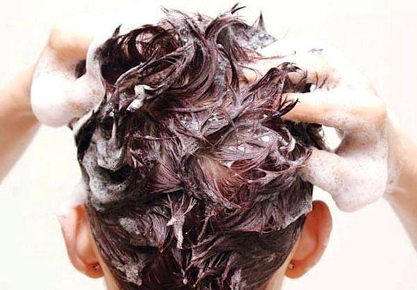 Маска для росту волосся в домашніх умовах: перцева або касторовий - що краще?