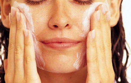 Маски для обличчя з білка для різних типів шкіри: професійний догляд за обличчям в домашніх умовах