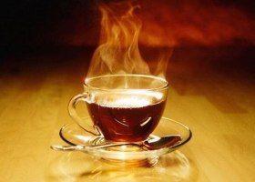 Гарячі напої провокують рак стравоходу