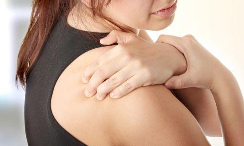 Симптоми і лікування вивиху ключиці