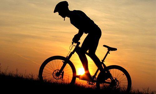 Чим може бути корисна для чоловіків їзда на велосипеді