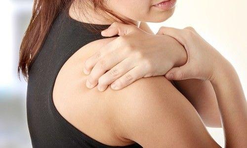 Як лікувати звичний вивих плеча?