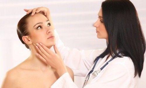 Як можна позбутися від алергії на обличчі?