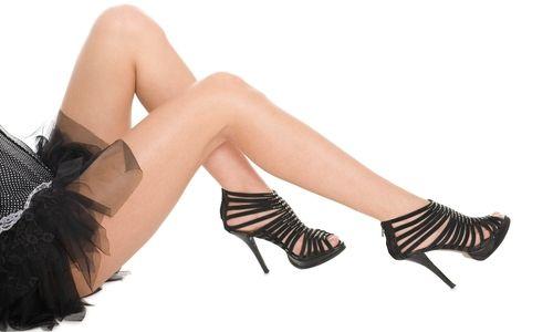 Як можна лікувати судоми ніг в домашніх умовах