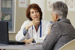 Консультація лікаря перед заняттям йогою
