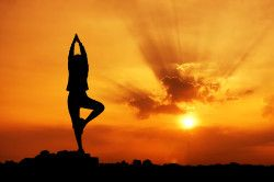 Користь йоги в лікуванні сколіозу
