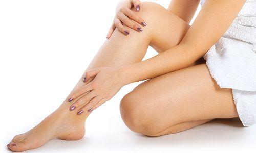 Набряки ніг при серцевій недостатності: причини і лікування