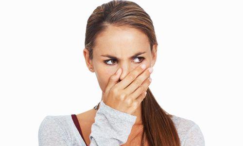 Поява запаху з носа: причини і лікування