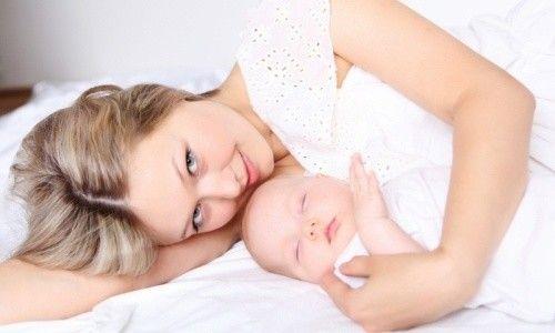 Як лікувати запор при грудному вигодовуванні у мами?