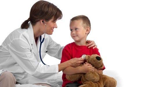 Ознаки та лікування стригучого позбавляючи у дітей