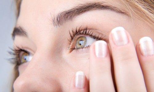 Симптоми і лікування набряку очей при алергії