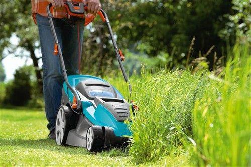 Догляд за гарною травичкою - правильна стрижка газону